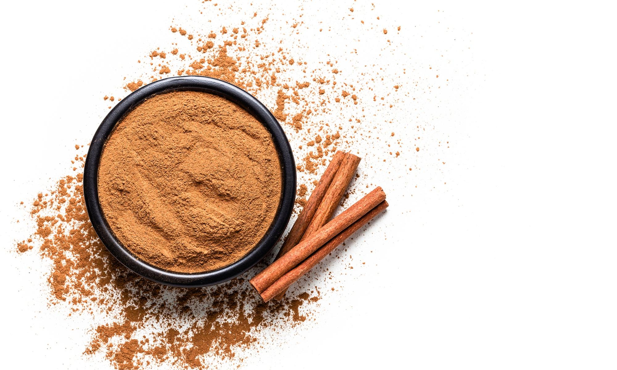 cinnamon sticks powder