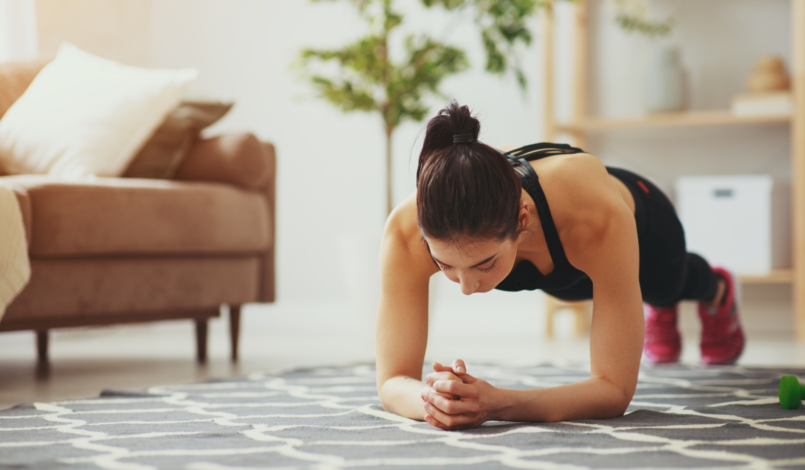 home workouts plank